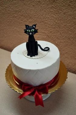 Cute Birthday Cake with Cat