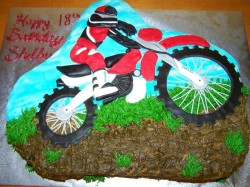 Dirt cake – motorcycle