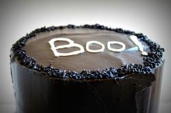 Halloween Cake – Boo