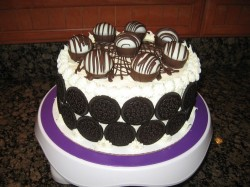 Oreo Cake with Chocolate Decorations