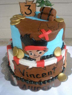 2 tiers Pirate Cake