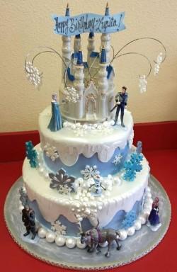 3 tiers Elsa Cake