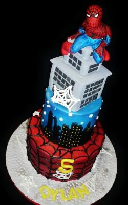 Amazing Fondant Spider Man Cake