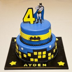 Batman Birthday Party Cake