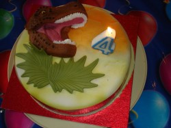 Cake with Dinosaur Head