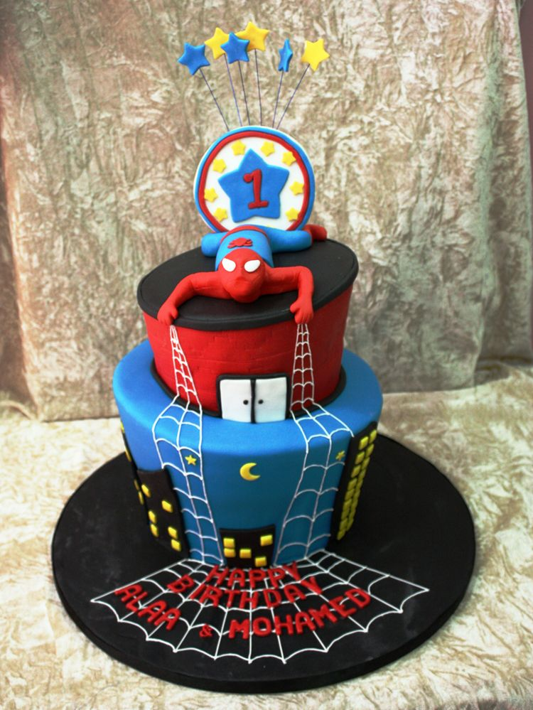 Cake Images Spiderman : Cute Spider Man Cake