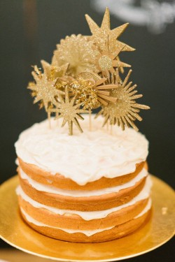 Nude Vanilla Cake