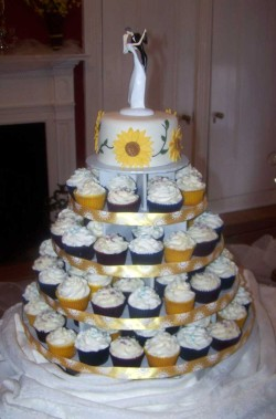 Perfect Weddings Cupcakes