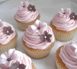 Pink Flower Wedding Cupcakes