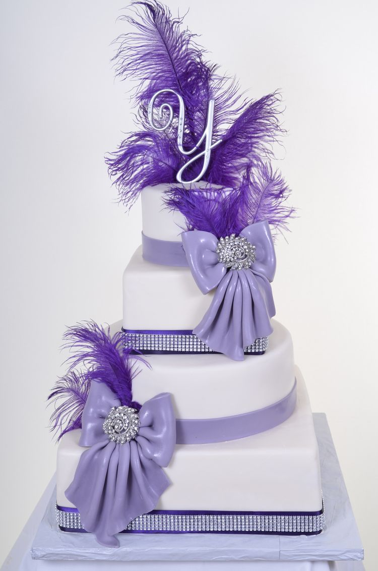 Quinceanera Cake with Feathers