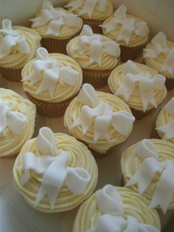 Wedding Cupcakes with Ribbons