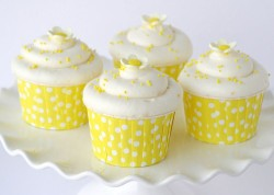 Yellow Lemon Cupcakes