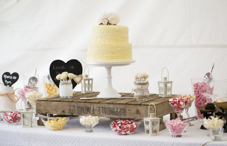 Rustic Theme Sweet Table